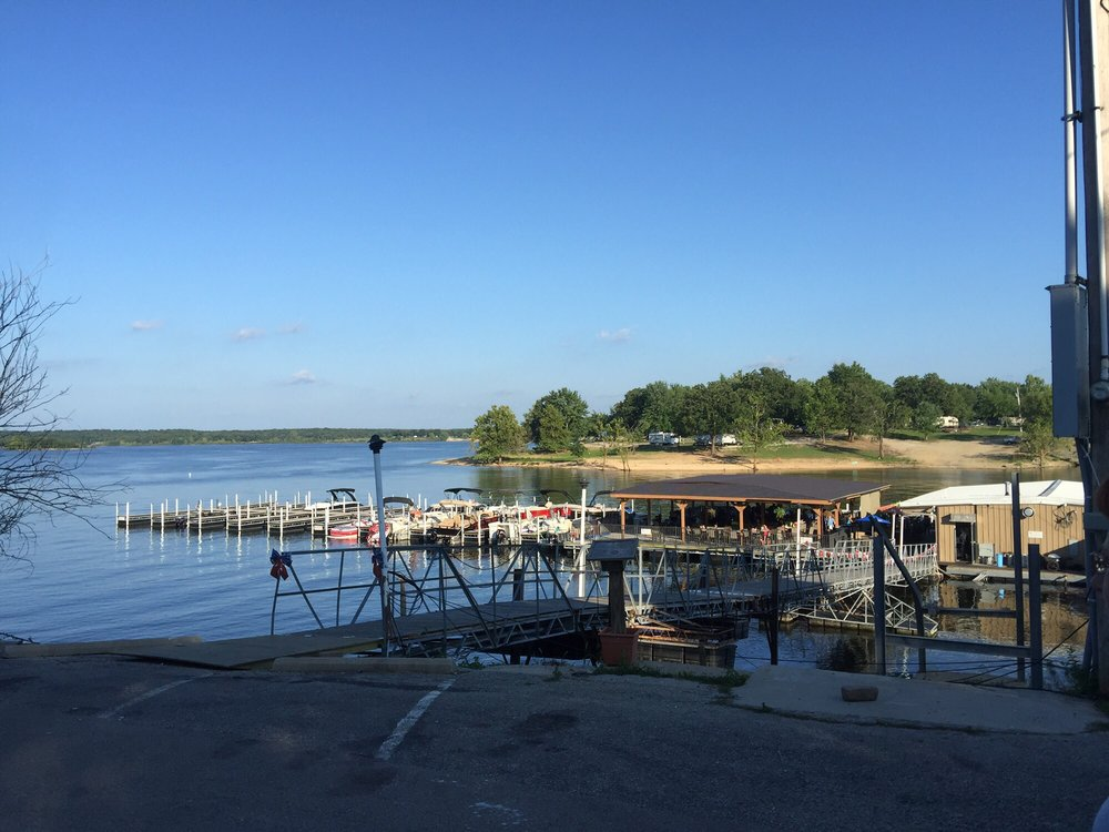 The Harbor: Hermitage, MO