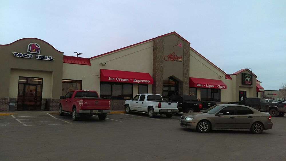 Highland Travel Plaza: 2160 Highland Way, Mitchell, SD