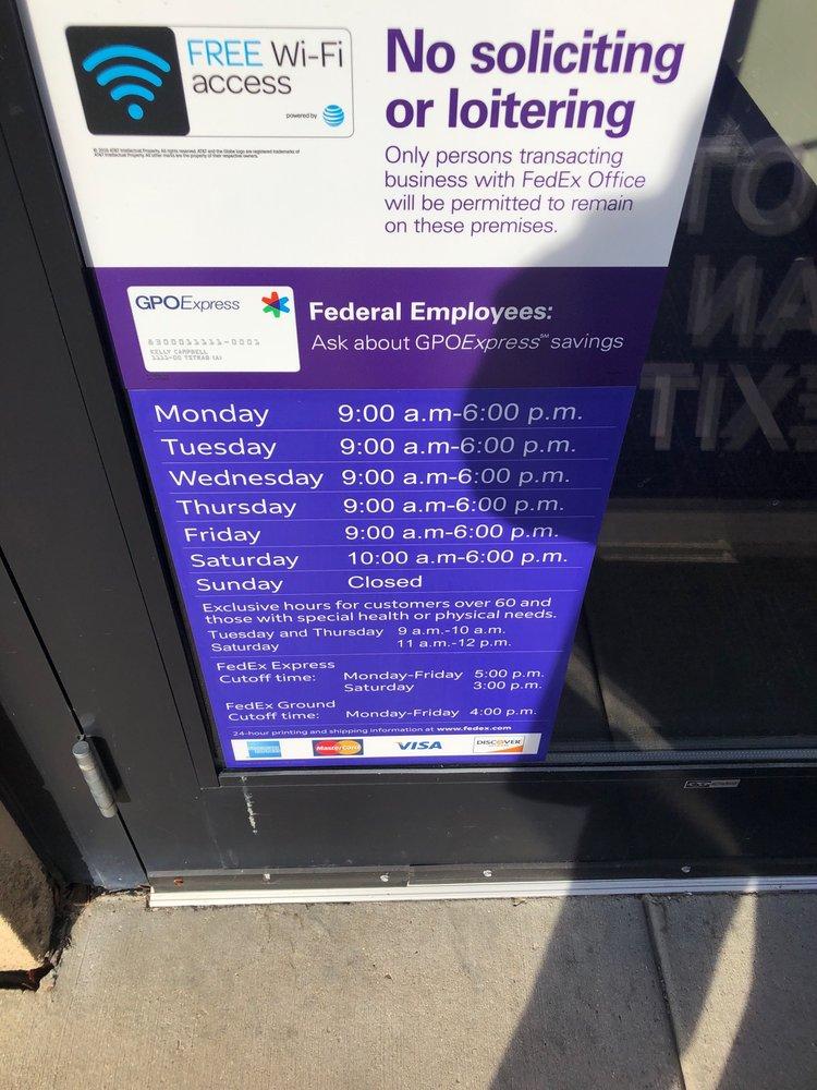 FedEx Office Print & Ship Center: 281 W Townline Rd, Vernon Hills, IL