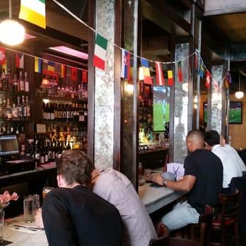 Papillon bistro bar 129 photos 288 reviews french for Papillon new york