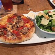 California Pizza Kitchen 52 Billeder 76 Anmeldelser Pizza 1997 W Gray St River Oaks