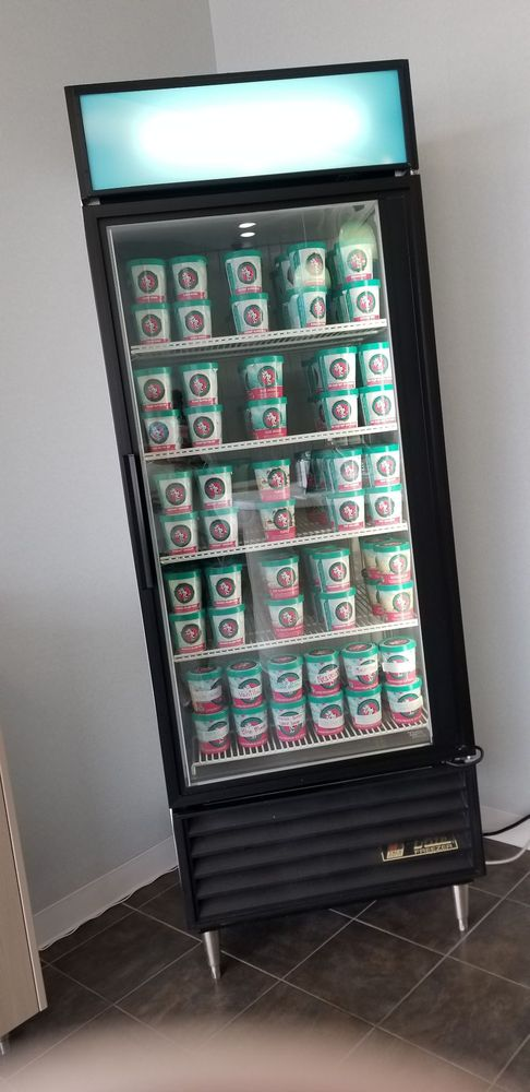 Chill Ice Cream Studio: 408 3rd St, Farmington, MN