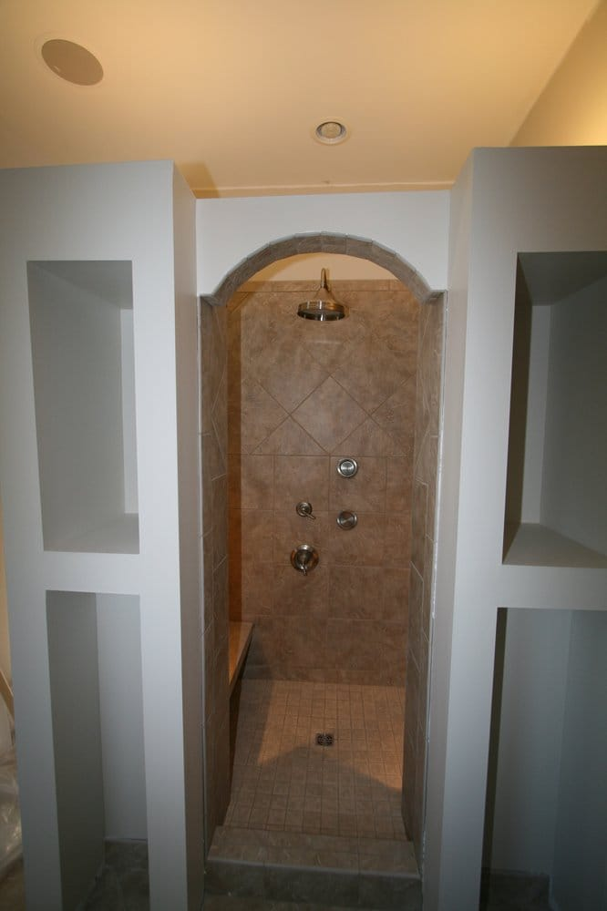 Creative Flooring by Design: 126 S Prairie St, Bethalto, IL