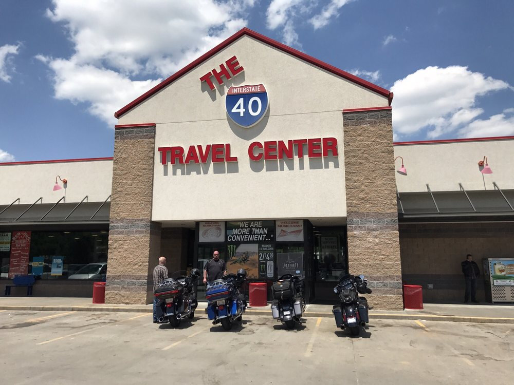 I-40 Travel Center: 3202 Pence Ln, Ozark, AR