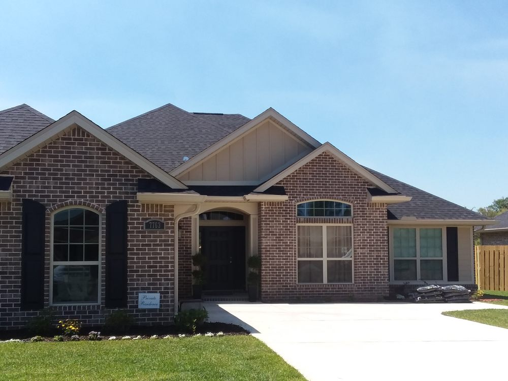 Cantonment Gutters: 411 Coulter Ave, Cantonment, FL