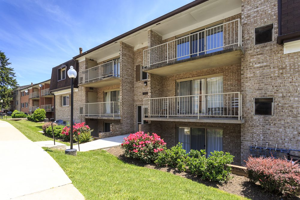 Photo Of Streamside Apartments Gaithersburg Md United States Charming Garden Style