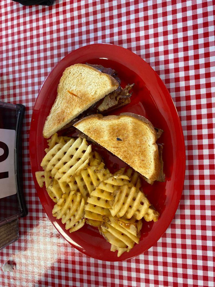 Pop's Diner: 110 S 13th St, Artesia, NM