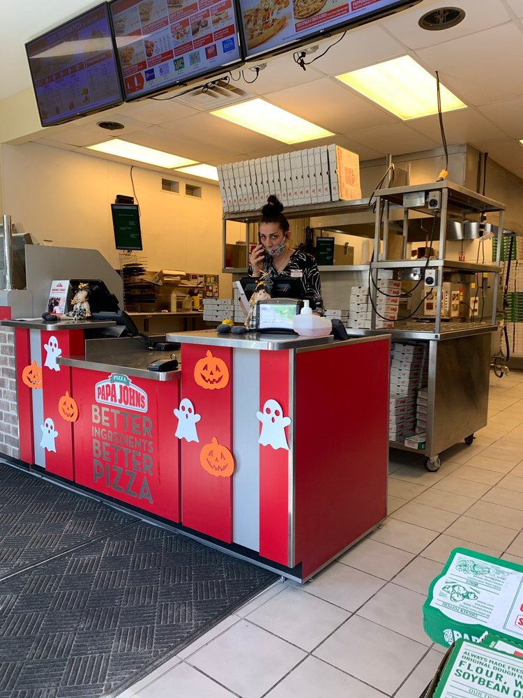Papa John's Pizza: 1810 East State Highway 54, Linton, IN