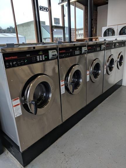 Speedy Wash: 401 6th St, Hoquiam, WA