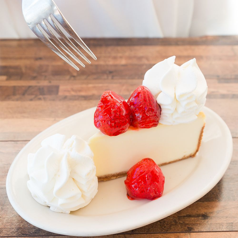 The Cheesecake Factory: 7875 Montgomery Rd, Cincinnati, OH