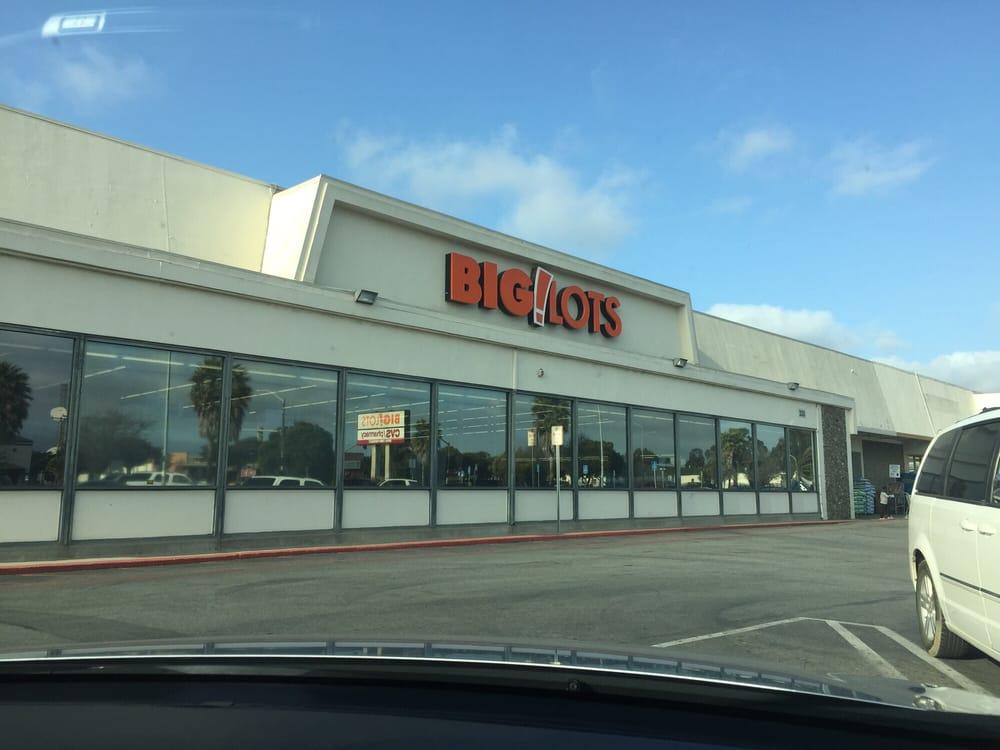 Big Lots Salinas 11 Photos 11 Reviews Department Stores 335 E Alisal St Salinas Ca
