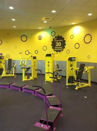 Planet Fitness - Bay City: 4101 E Wilder Rd, Bay City, MI