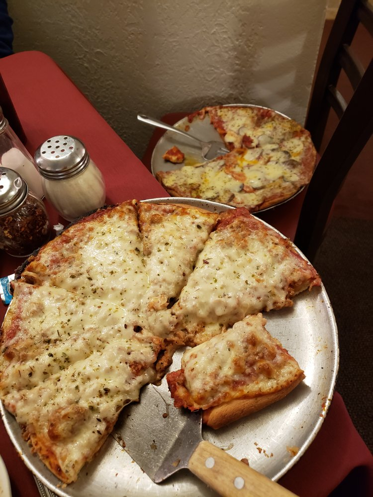 Coccia House Pizza: 764 Pittsburg Ave, Wooster, OH