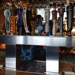 Photo Of Putnam House Restaurant Tap Room Bethel Ct United States