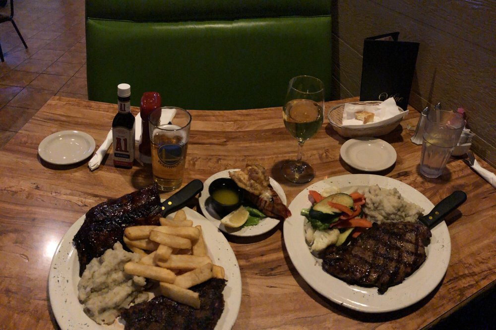 George's Steakhouse Bar & Grill