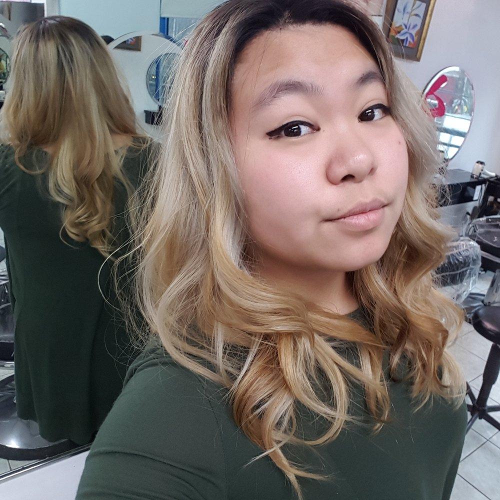 Sky Point Beauty Salon: 37-05 Prince St, Flushing, NY