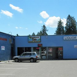 5 Woodstock Liquor Store