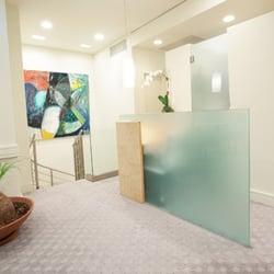 Vein treatment center 20 foto 39 s 25 reviews medische for 65th street salon