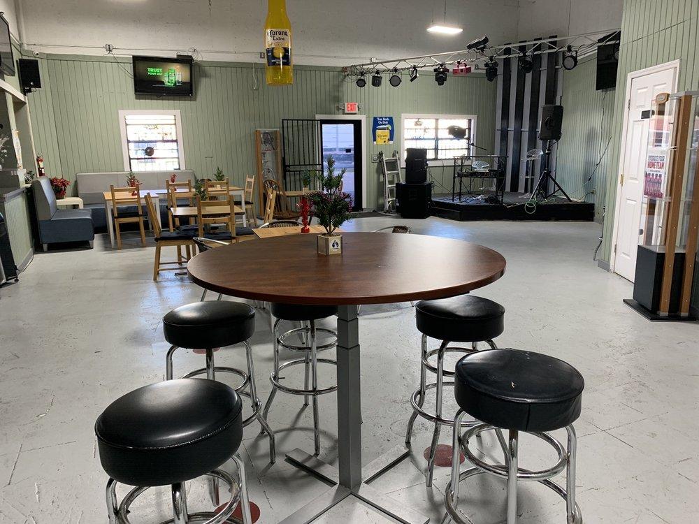 Magic 8 Sports Bar: 3820 NW 135th St, Opa-locka, FL