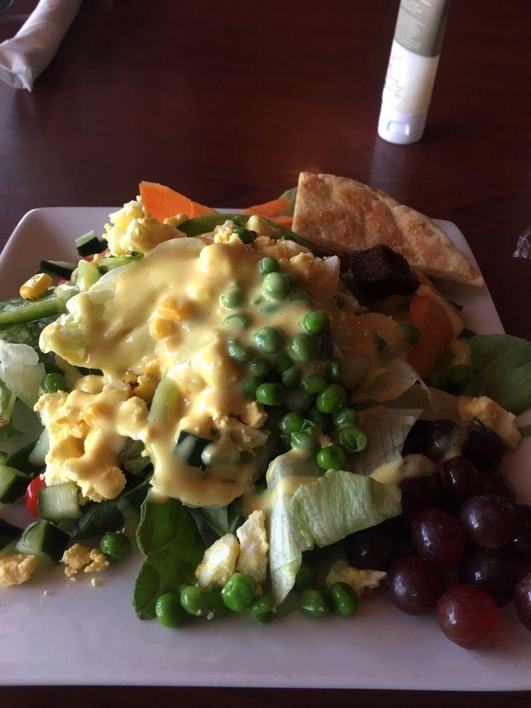 Salad Bar With Tons Of Fresh Food Items Yelp