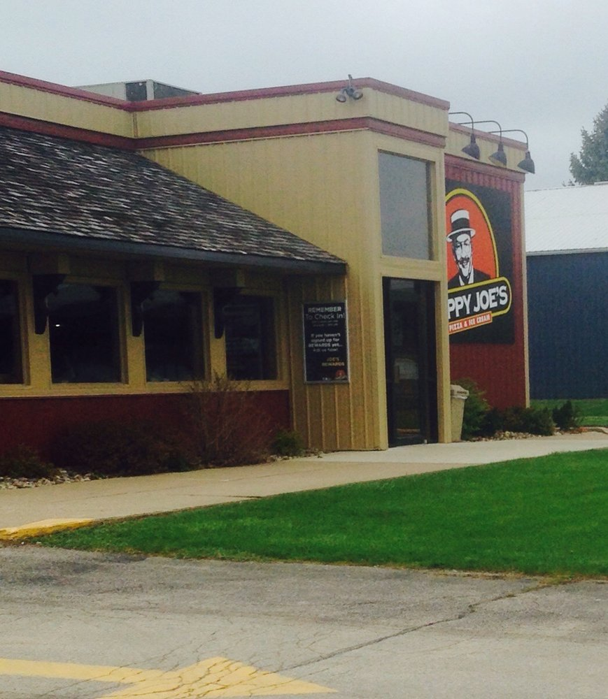 Happy Joe's: 603 Myatt Dr, Maquoketa, IA