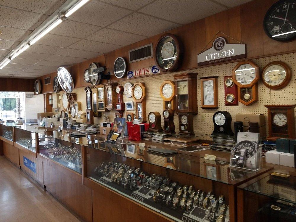 Ed Nesrsta Jewelry: 214 W Coombs St, Alvin, TX