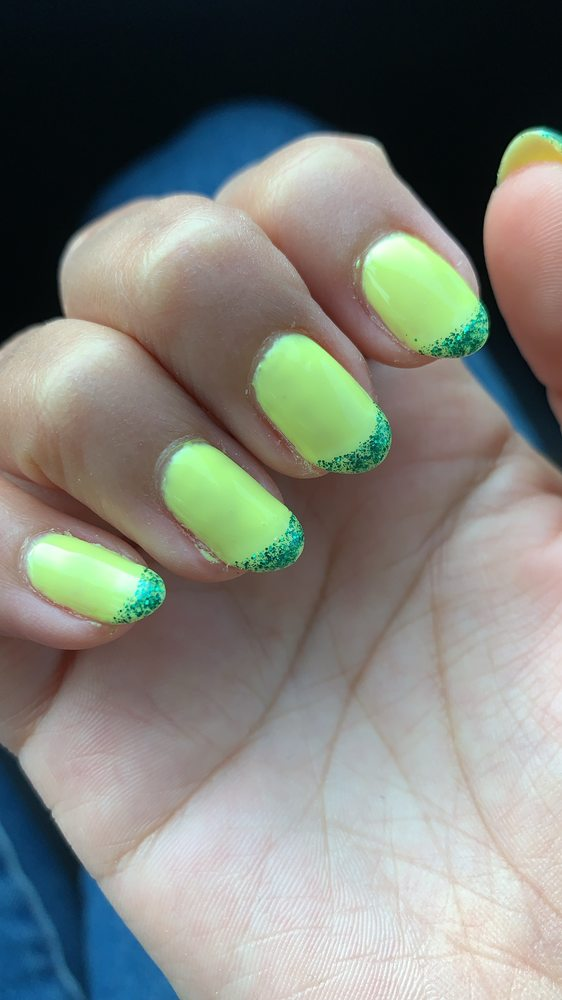 Luxury Nail and Spa: 634 SE End Blvd, Marshall, TX