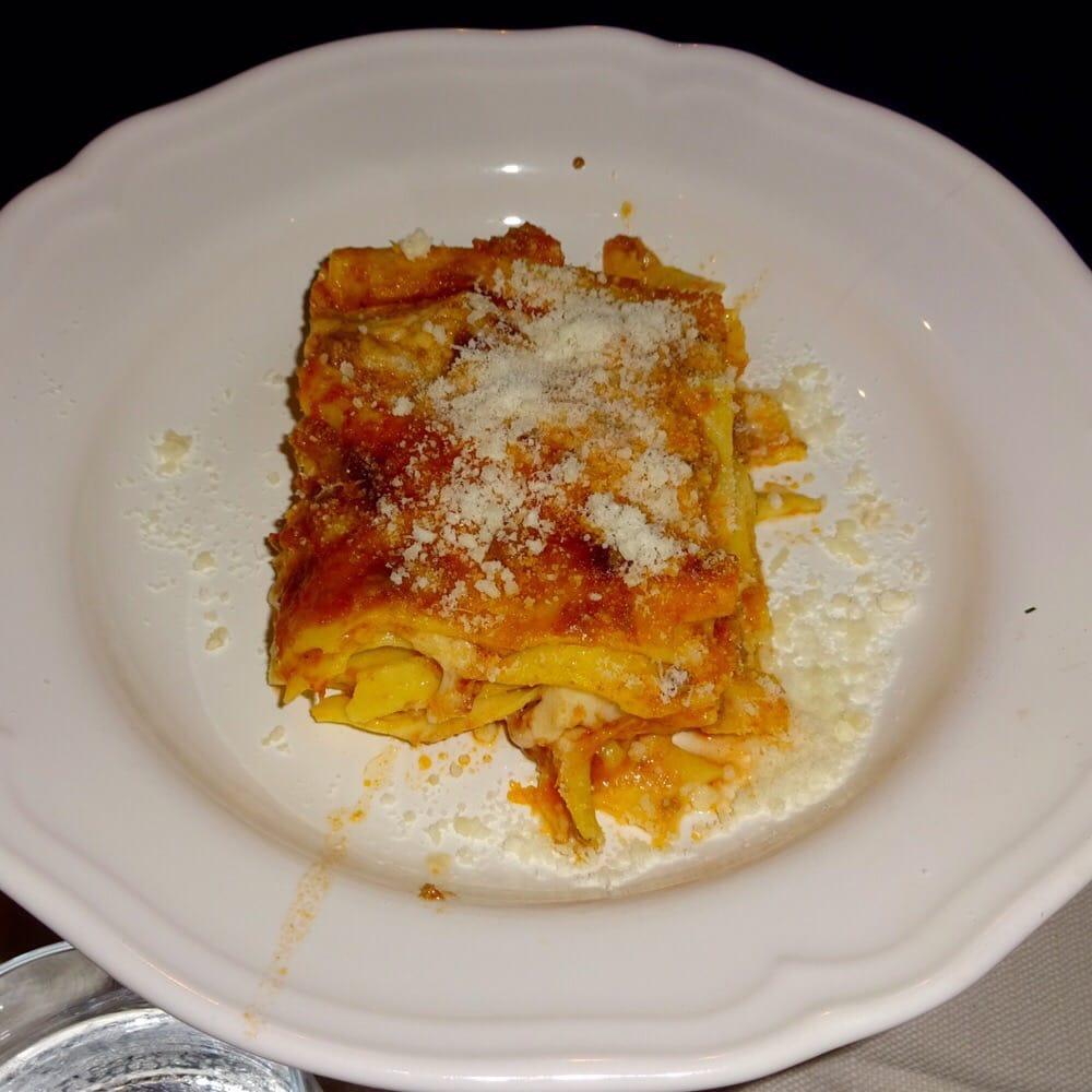 Cucina romana lasagna 9 yelp for Cuccina romana