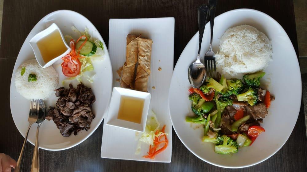 Viet house 38 photos 39 reviews vietnamese 3200 for House 39 reviews
