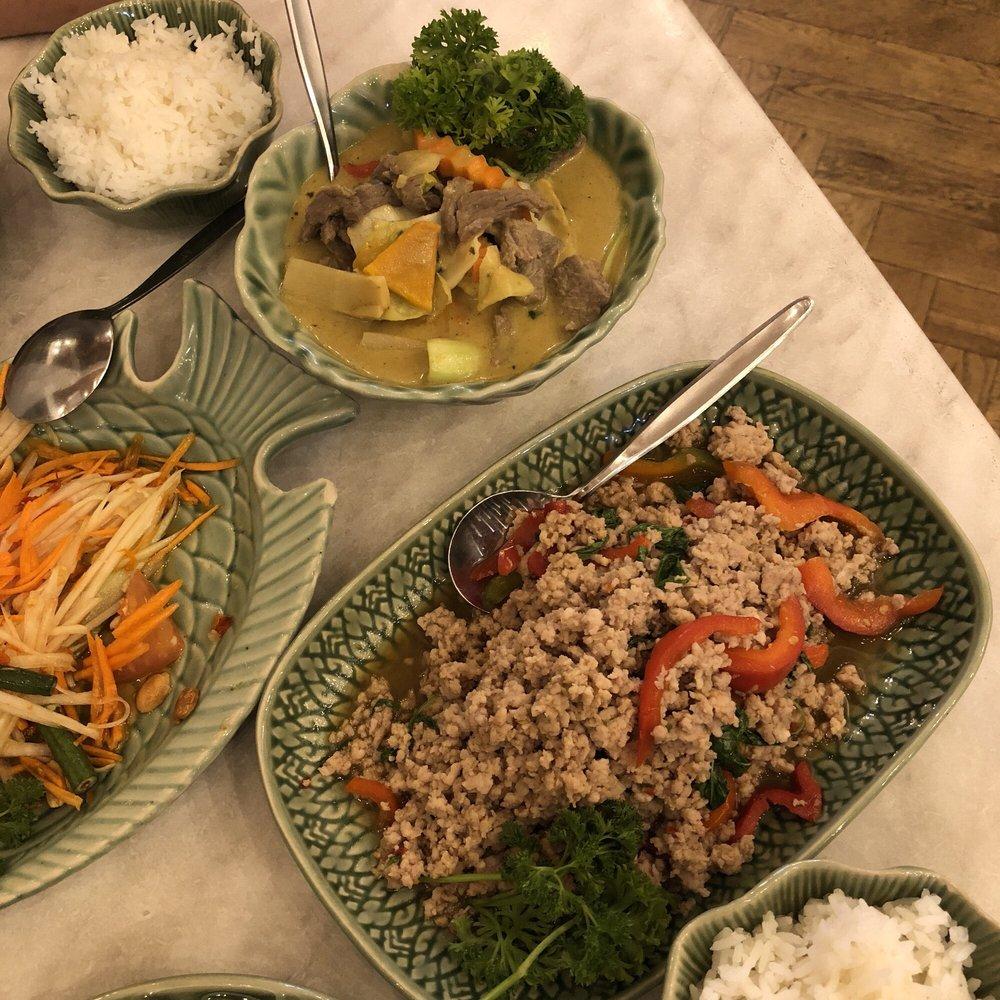 Thai Restaurant Lygon St