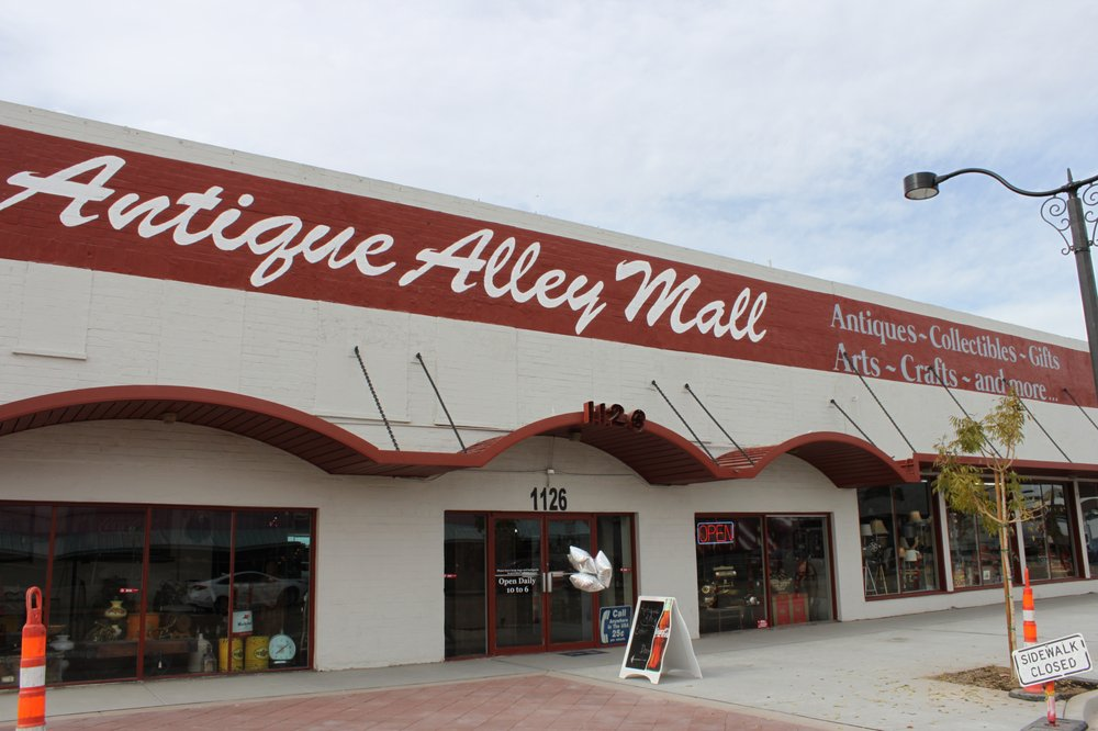 Antique Alley Mall
