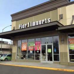pier one imports closed furniture stores 1423 lloyd ctr broadway district portland or. Black Bedroom Furniture Sets. Home Design Ideas