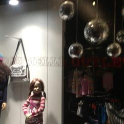 Kinderkleding Rotterdam.Coccinelle Outlet Kinderkleding Van Oldenbarneveltstraat 99