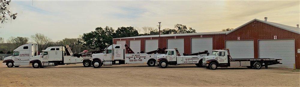 Dix Diesel Center: 1905 E Pierce St, Luling, TX