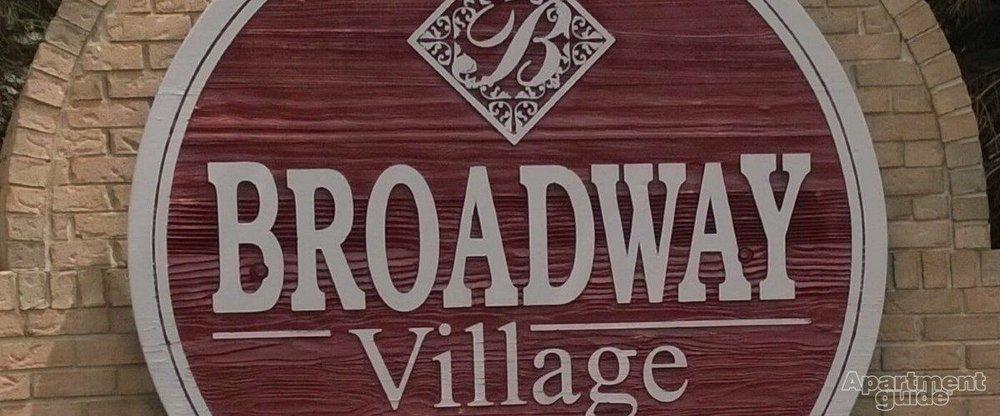 Broadway Village: 1692 Fallon Ct, Greenfield, IN