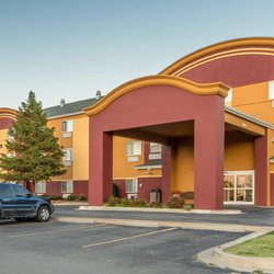 Photo Of Econo Lodge Inn Suites Tahlequah Ok United States