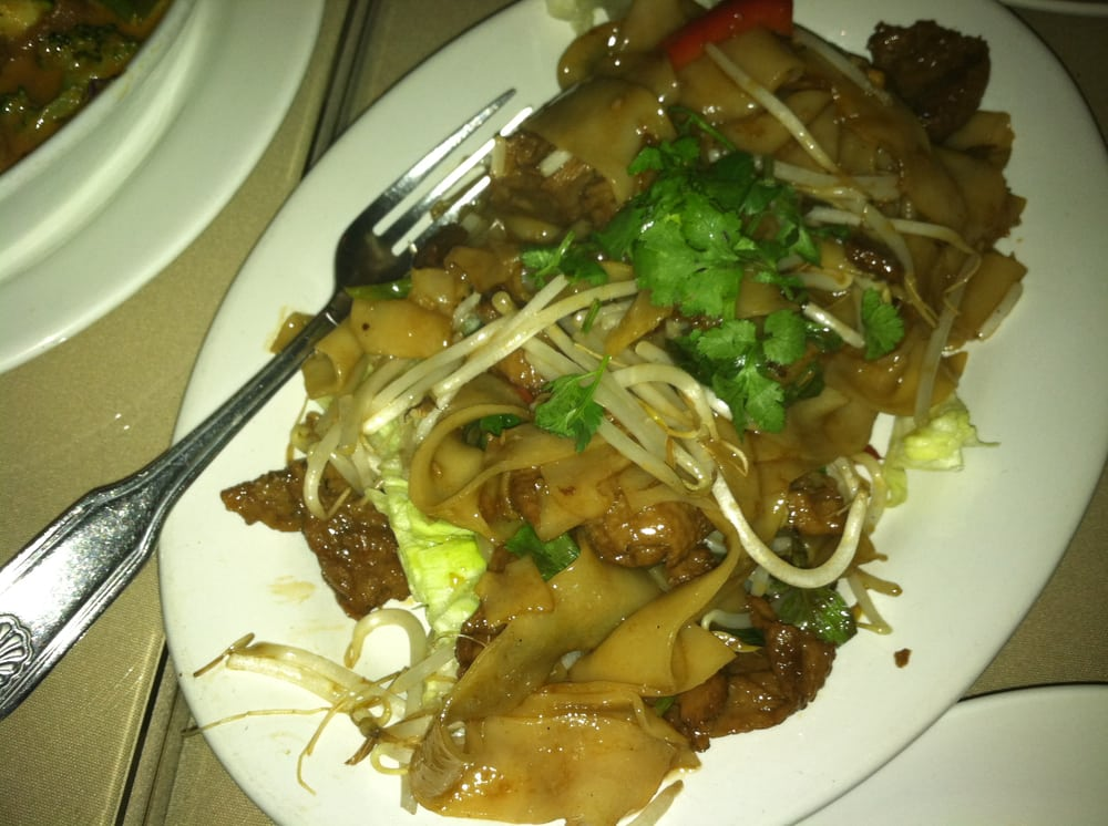Pad se ew with mock duck good but a wee bit salty yelp for Amarin thai cuisine menu