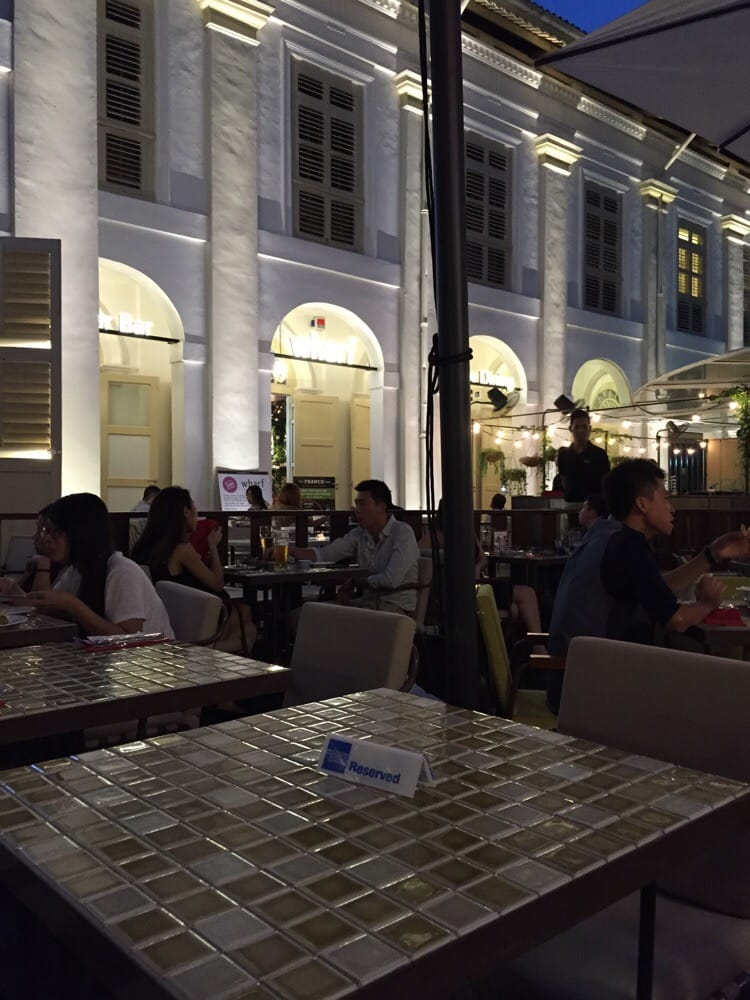 Oyster Bar & Wine Dining Wharf Singapore