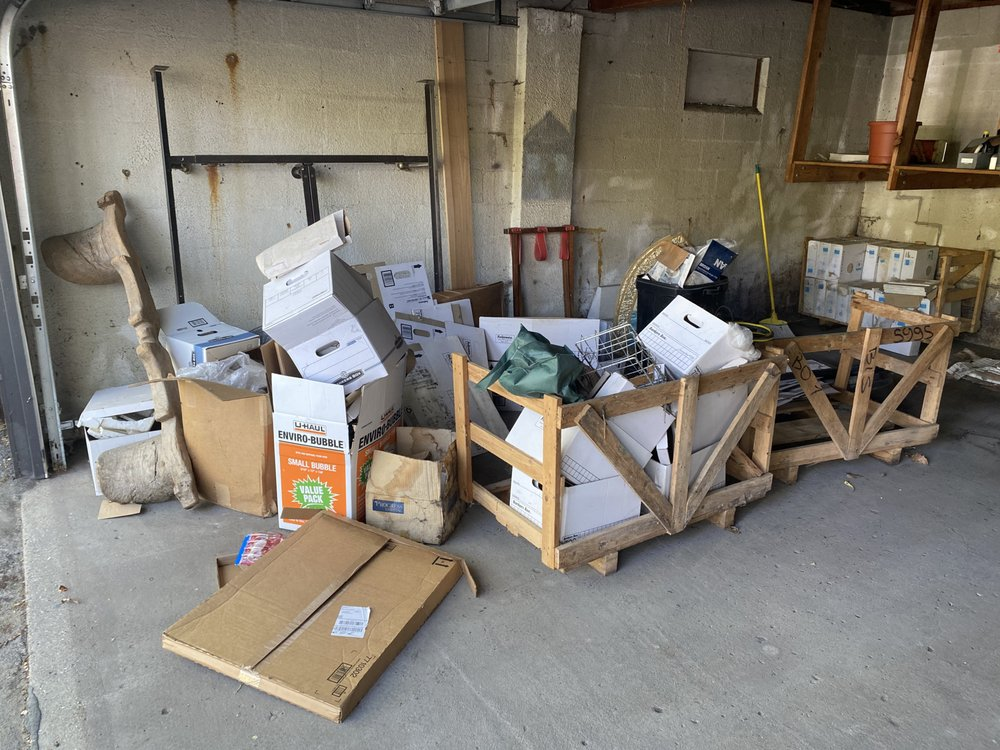 Matthaidess Junk Removal Services: 2205 4th St SW, Altoona, IA
