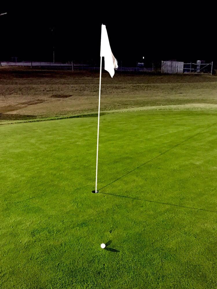 Benbrook Par Three Golf