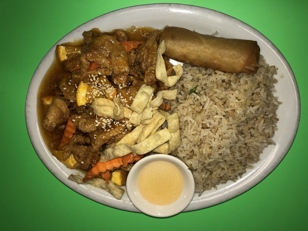 Pat Thai Cafe: 104 S Main Ave, Aztec, NM