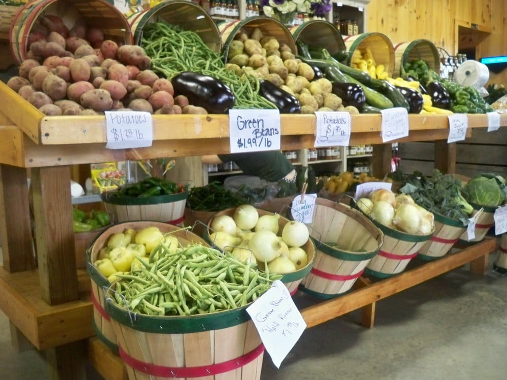Trunnells Farm Market: 9255 US Hwy 431, Utica, KY