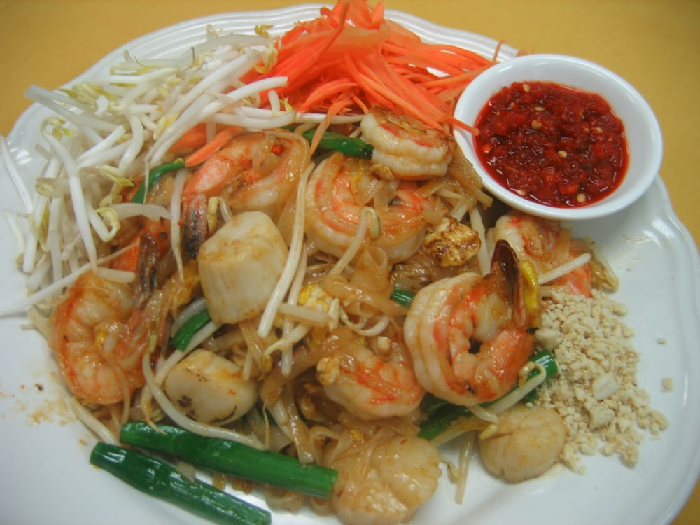 Can 39 t go wrong with pad thai yelp for Anothai cuisine spring