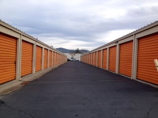StorQuest Self Storage: 9990 Victoria Way, Jamestown, CA