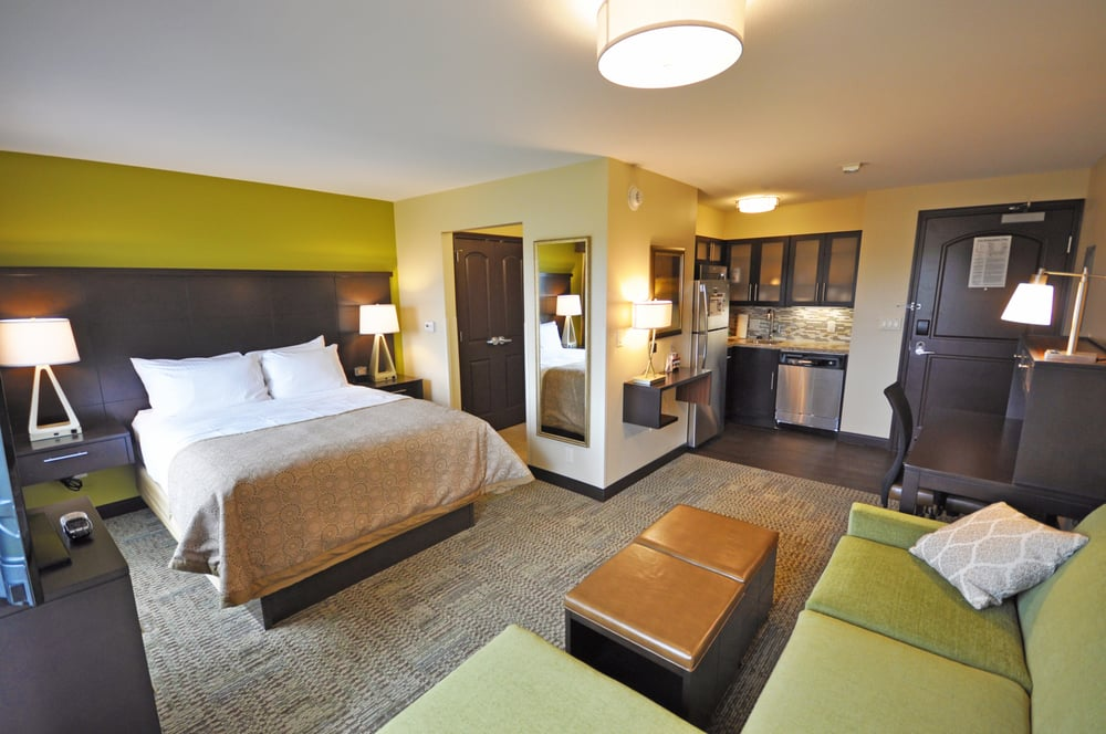 Staybridge Suites Eau Claire - Altoona: 1515 Bluestem Blvd, Altoona, WI