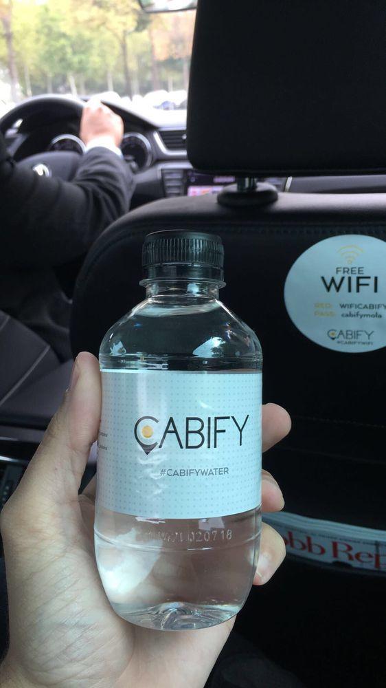 Cabify sevilla 16 fotos servicios para compartir coche for Cajeros automaticos cerca de mi ubicacion