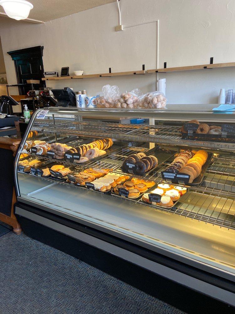 Blue Heron Cafe: 304 N Mitchell, Cadillac, MI