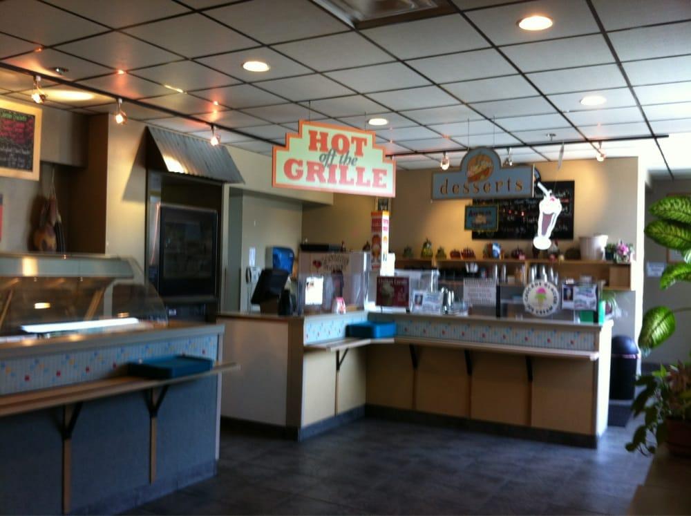 Glacier Restaurant Lounge & Catering: 1873 Shell Simmons Dr, Juneau, AK