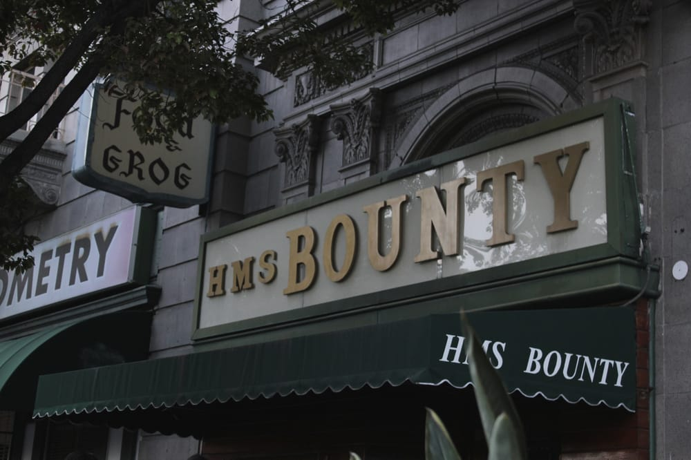 Hms bounty 156 photos 474 reviews bars 3357 for Food bar wilshire