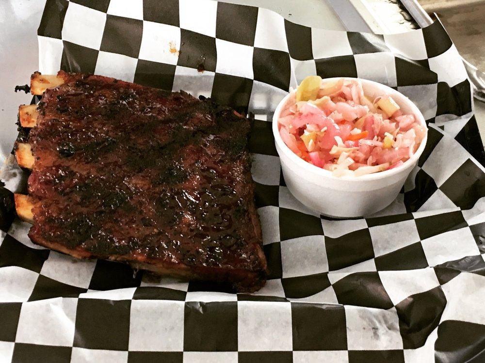The Jamesport Barbecue Depot: 301 S Broadway St, Jamesport, MO